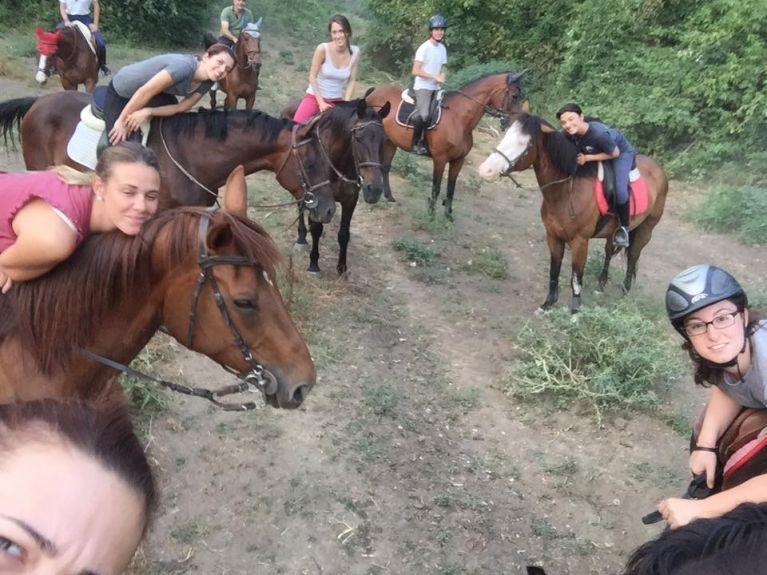 Passeggiata a Cavallo Roma Cassia  Circolo Ippico Durlindana
